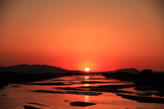 島根 斐伊川の夜明け