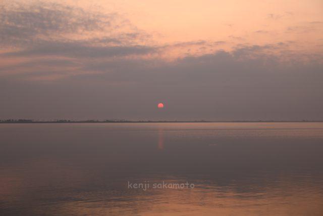 秋田 八郎潟の朝景